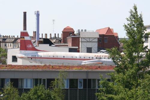 365/2011-Flugzeug
